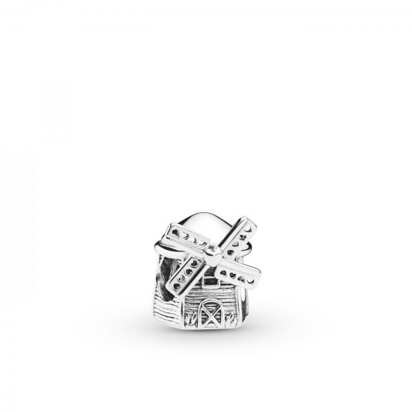 Pandora 798126